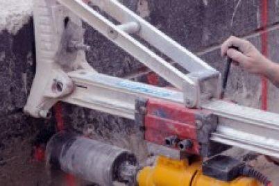 CONCRETE-CUTTING-diamond-drilling-with-operator-315x150.jpg