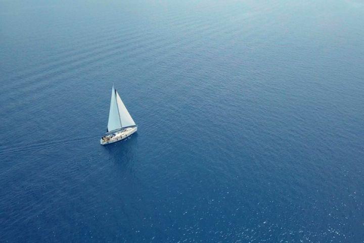 sail-ing.hunov18.jpg