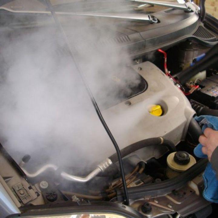twist-eco-car-wash-engine-cleaning-10-500x500.jpg